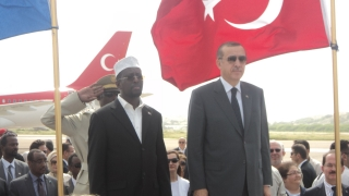 Erdogan (right) with Somali president